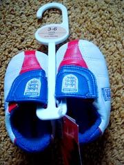 продам кроссовки-пинетки