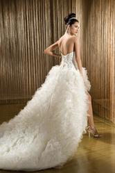 Очень оригинальное и необычное свадебное платье в ОТЛИЧНОМ СОСТОЯНИИ