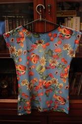 футболка, перед-синтетика, зад-сетка, размерS, отличное состояние!