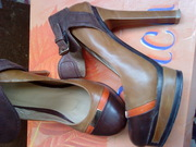 продам модные туфли  1 раз обутые, коричневые с рыжим,  каблук+платформ