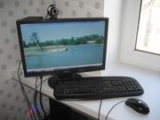Системник,  монитор,  клавиатура,  мышь,  камера.