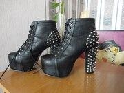 Ботинки (ботильоны) с шипами