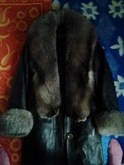 Продам зимнее кожаное пальто