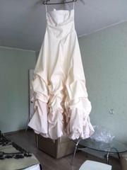 вечернее платье на выпускной бал или свадьбу, размер платья 44-46, длина