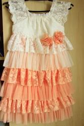 Продам платье на девочку (5-7 лет)