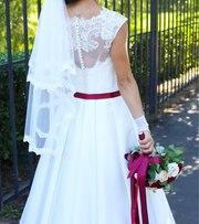 Северодонецк.Шикарное свадебное платье и отлично состоянии