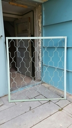 металлическая решетка на окно